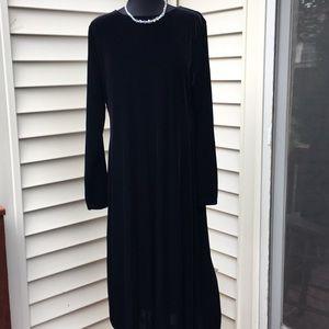 Black stretch velvet long sleeve midi dress Sz L